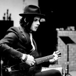 "Watch Jack White cover Lorde's ""Royals"""